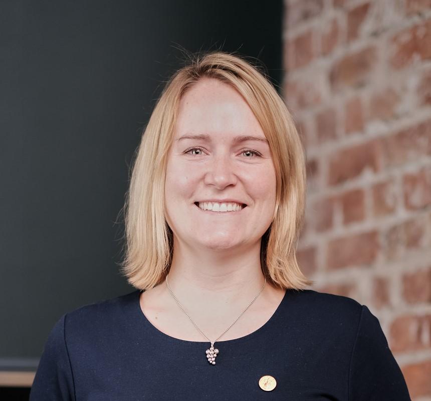 Picture of Heidi Hansen, MW
