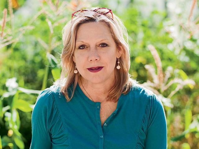 Picture of Sara Schneider